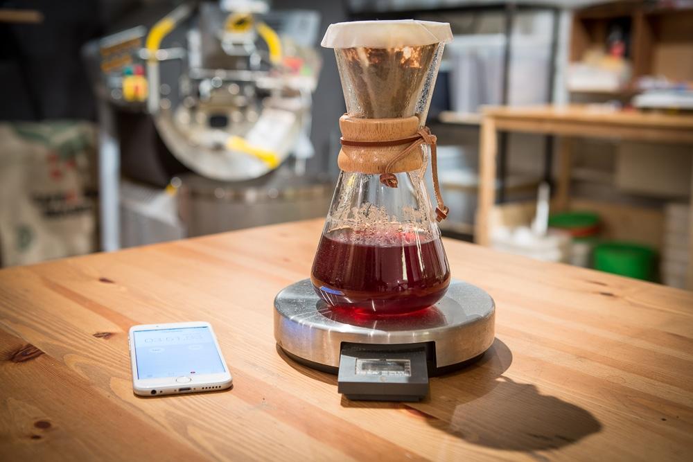 Кофе заваривается примерно 4 минуты